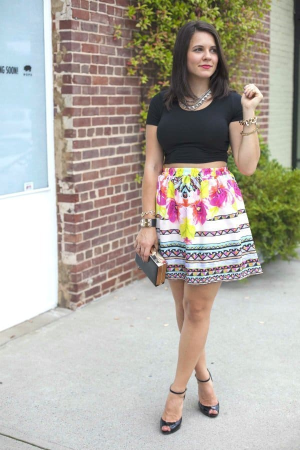 printed skirt, black crop top