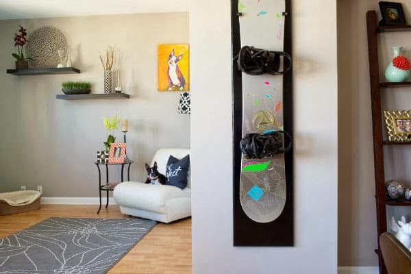 small space ideas, hanging snowboard on wall