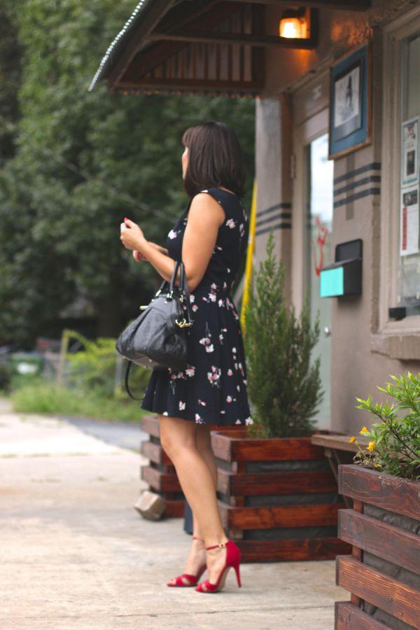 French Connection Floral print Navy dress, fashion blogger @mystylevita