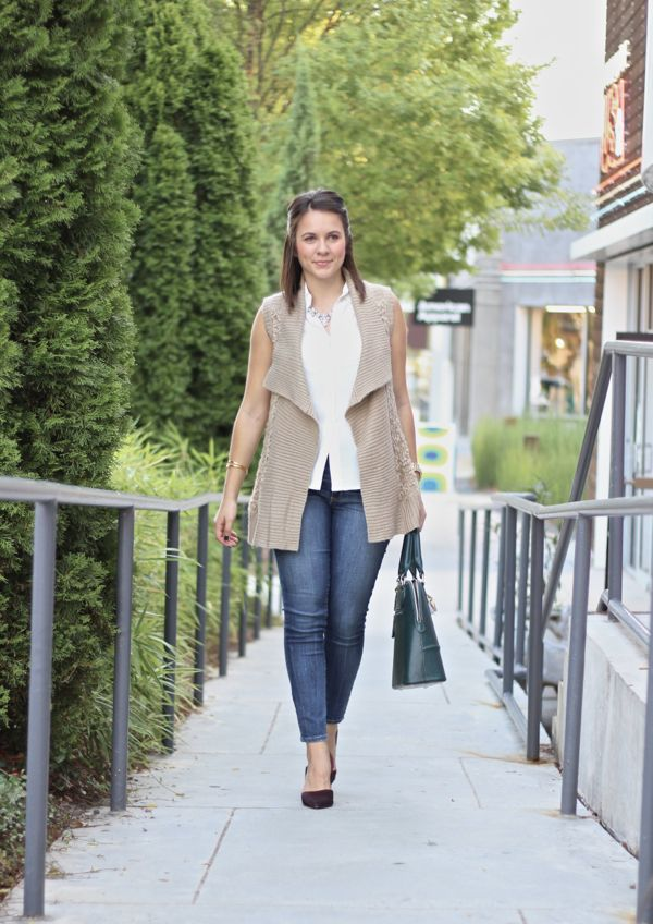 Everlane blouse, fall outfit ideas via @mystylevita