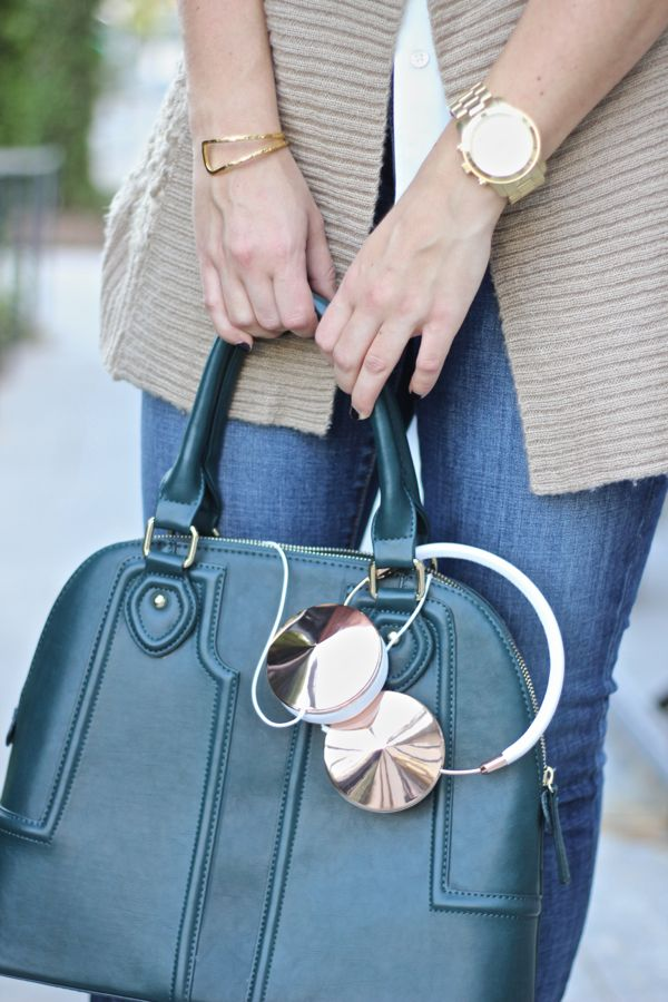 @solesociety Marlow Bag, Frends Rose Gold Headphones - via @mystylevita