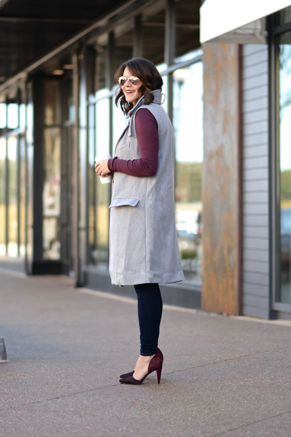 Sleeveless Trench coat and jeans via @mystylevita