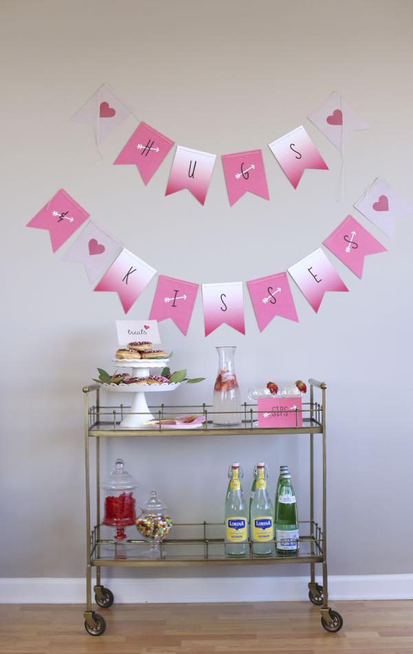 Valentine's Day Bar Cart via @mystylevita