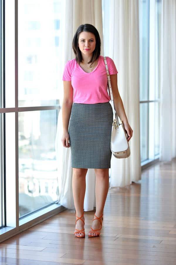 Express pencil skirt and a tee shirt via @mystylevita