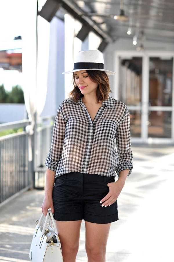 5b2f7796 ... DVF gingham blouse via @mystylevita ...