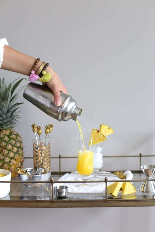 Pinnacle Pineapple Cocktail Recipe via @mystylevita