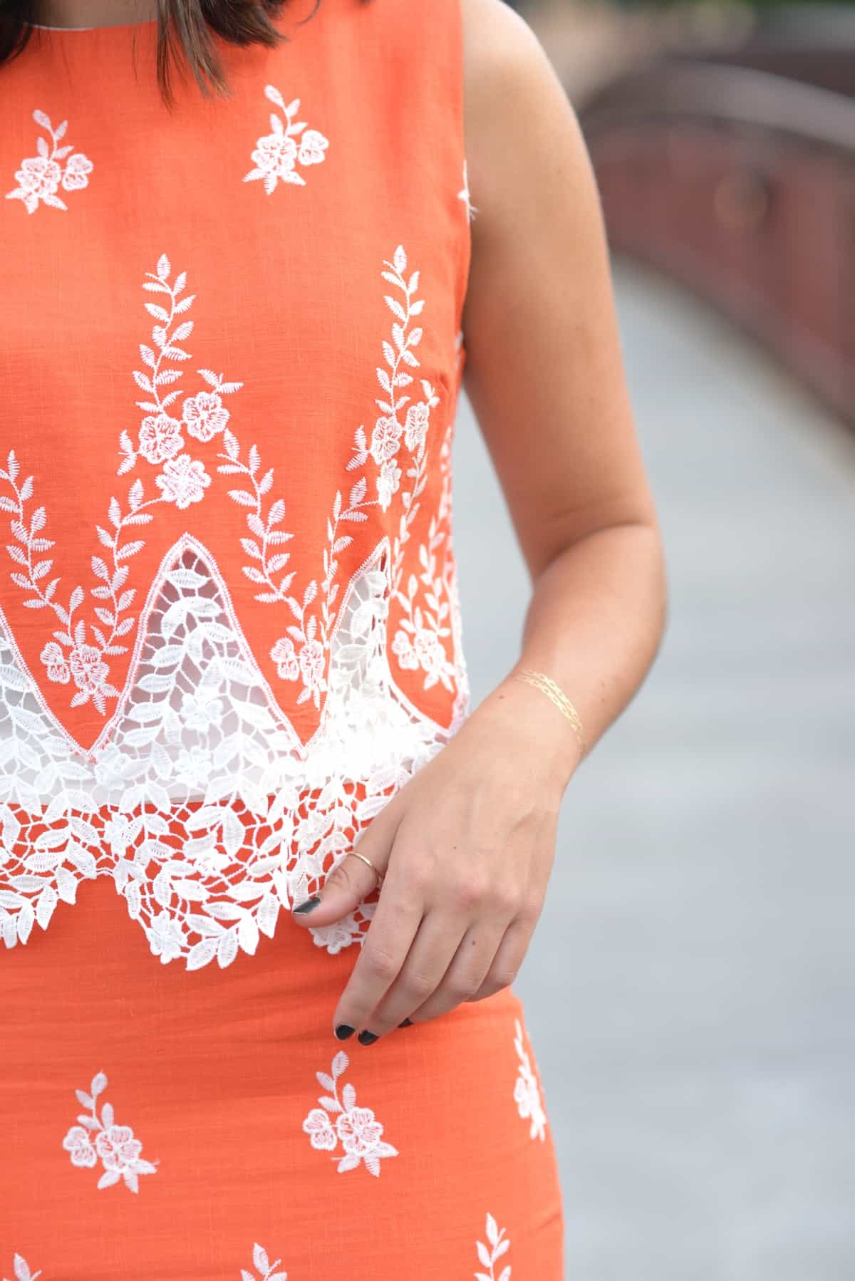 LMae Boutique orange lace crop top and pencil skirt set via @mystylevita - 1 (4)