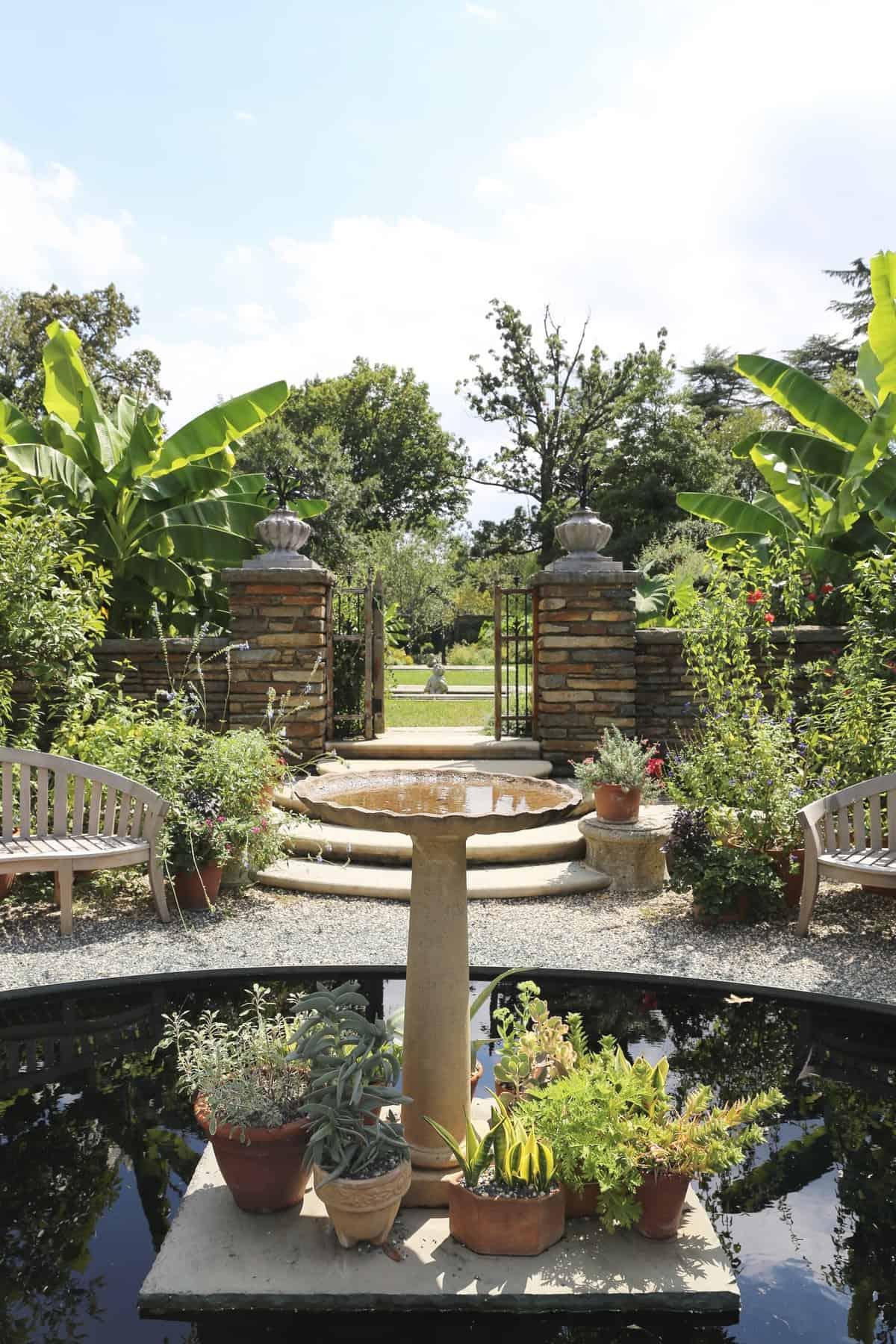 Dumbarton Oak Gardens via @mystylevita