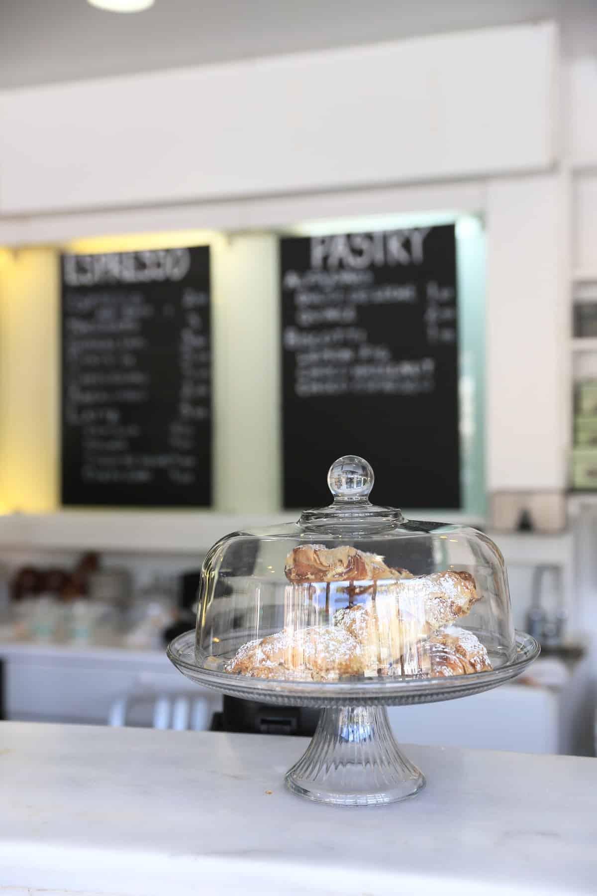 Georgetown Coffee Shop via @mystylevita