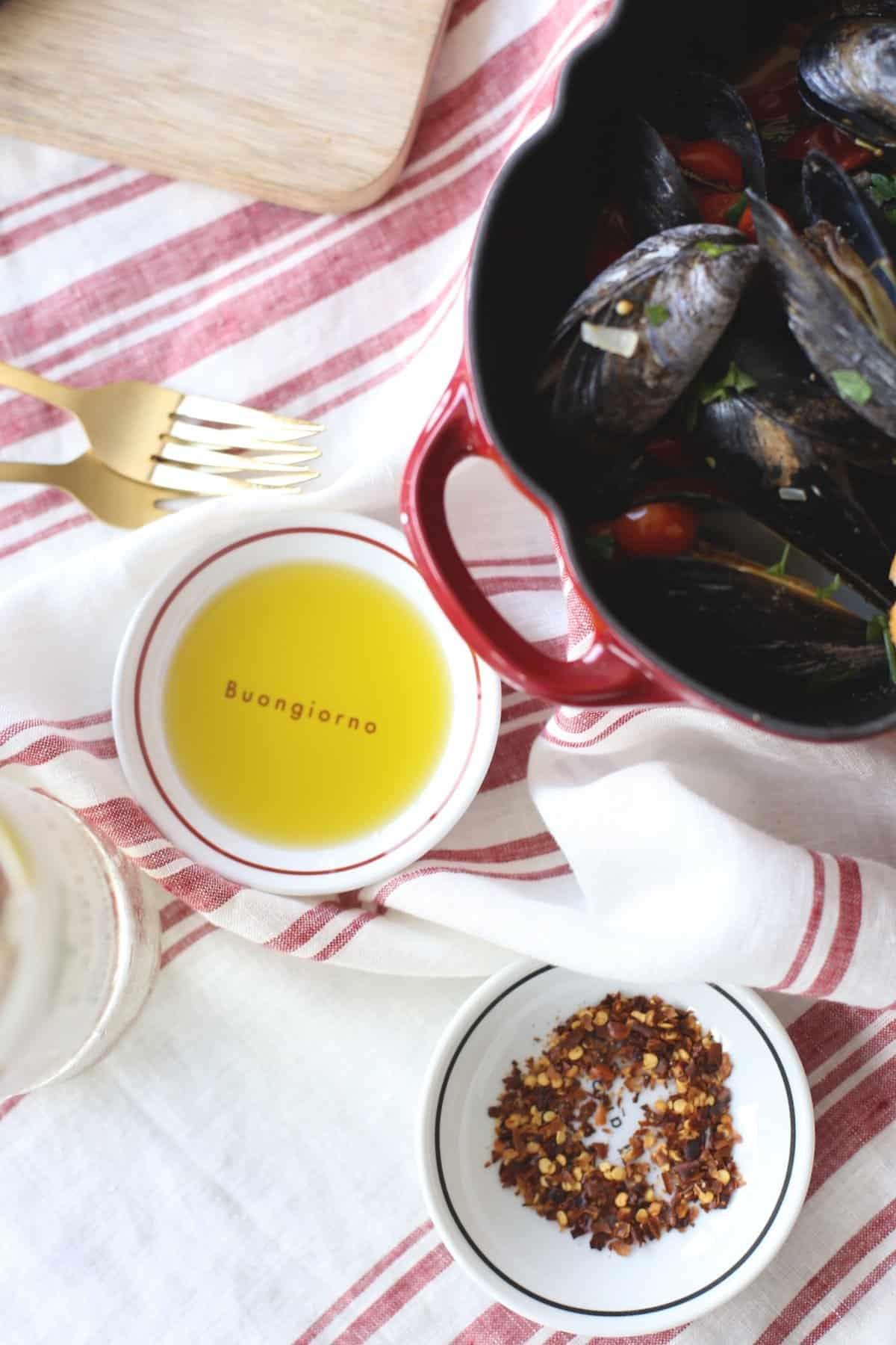 tomato mussels and garlic recipe