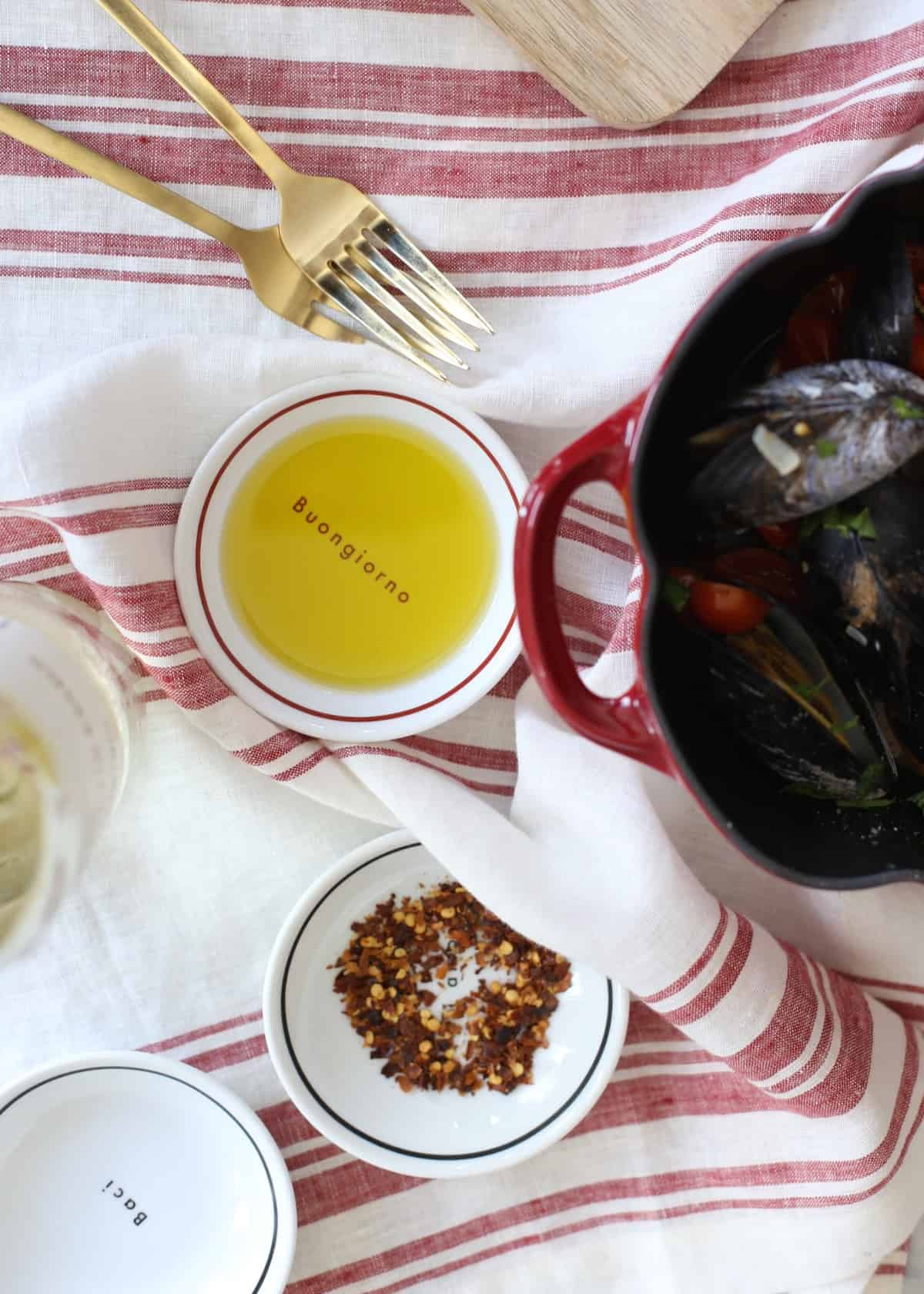 mussels with garlic and olive oil