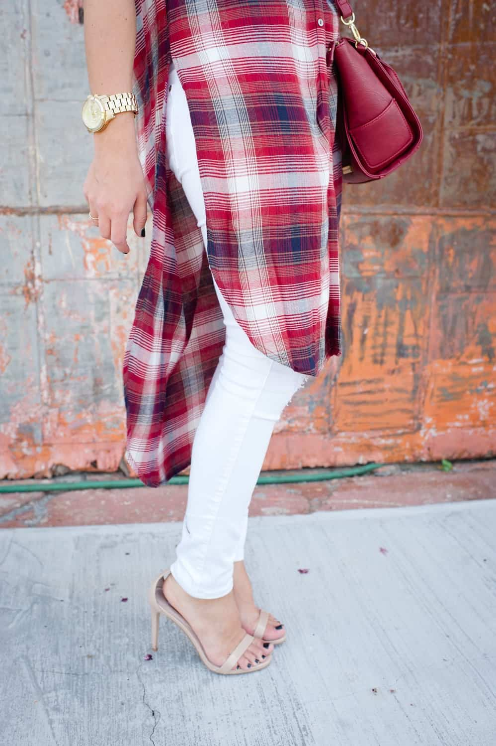 Plaid long shirt and white jeans for fall via @mystylevita [My Style Vita] - 13