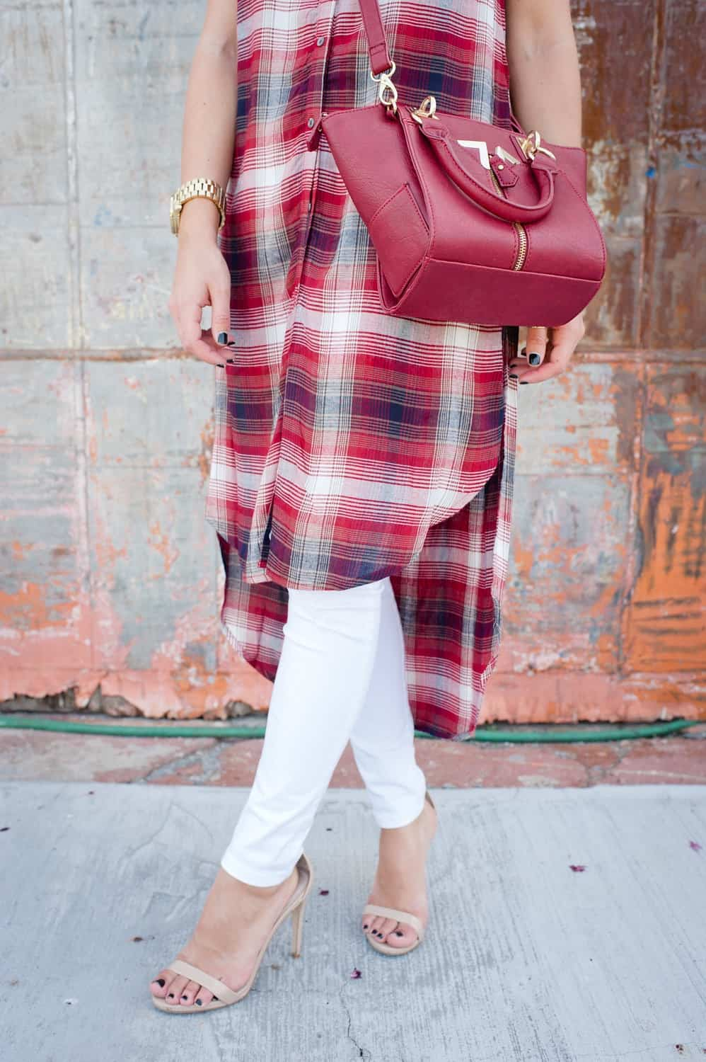 Plaid long shirt and white jeans for fall via @mystylevita [My Style Vita] - 14