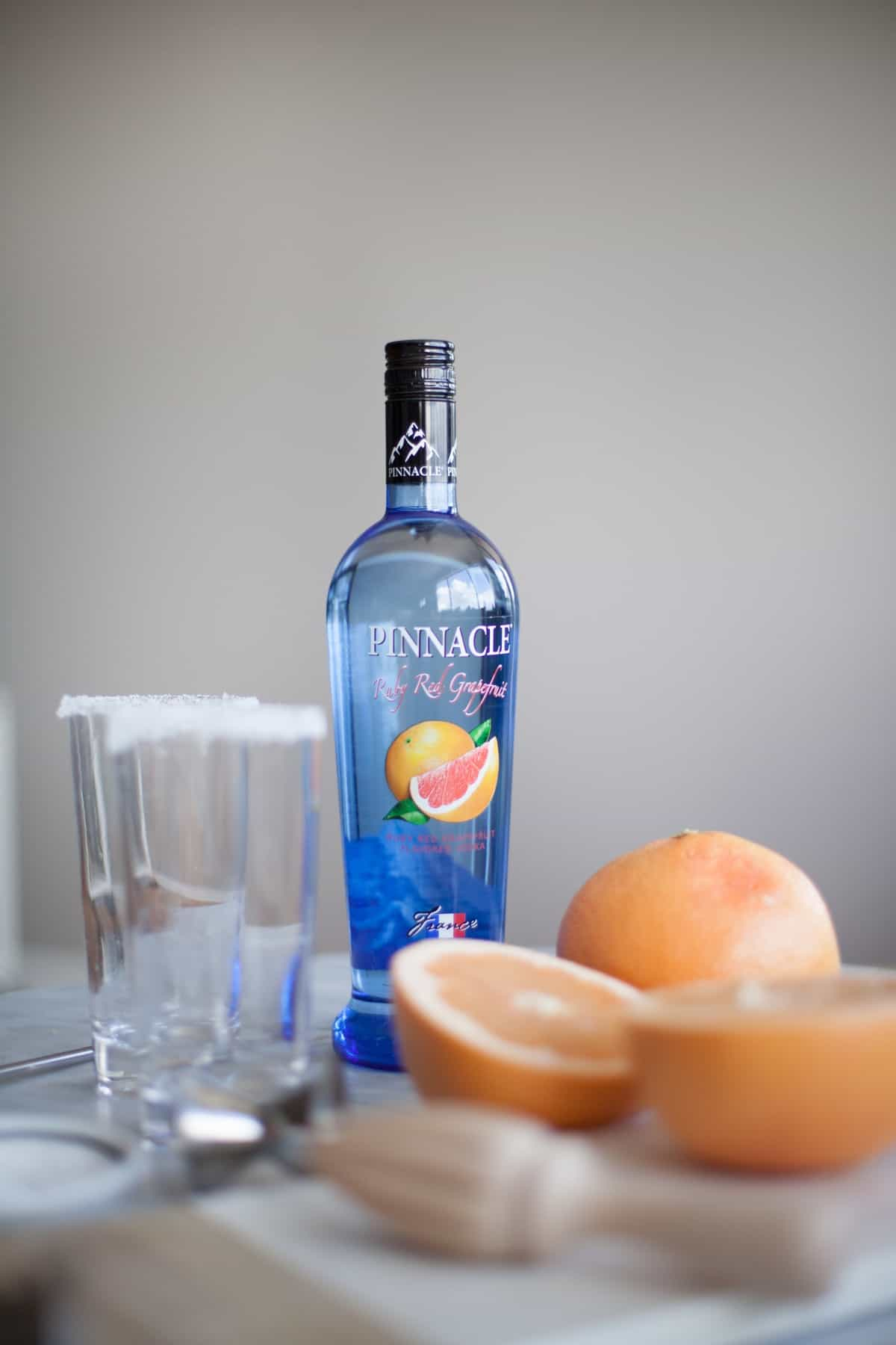 salty dog cocktail recipe pinnacle vodka via @mystylevita [My Style Vita] How to make a salty dog