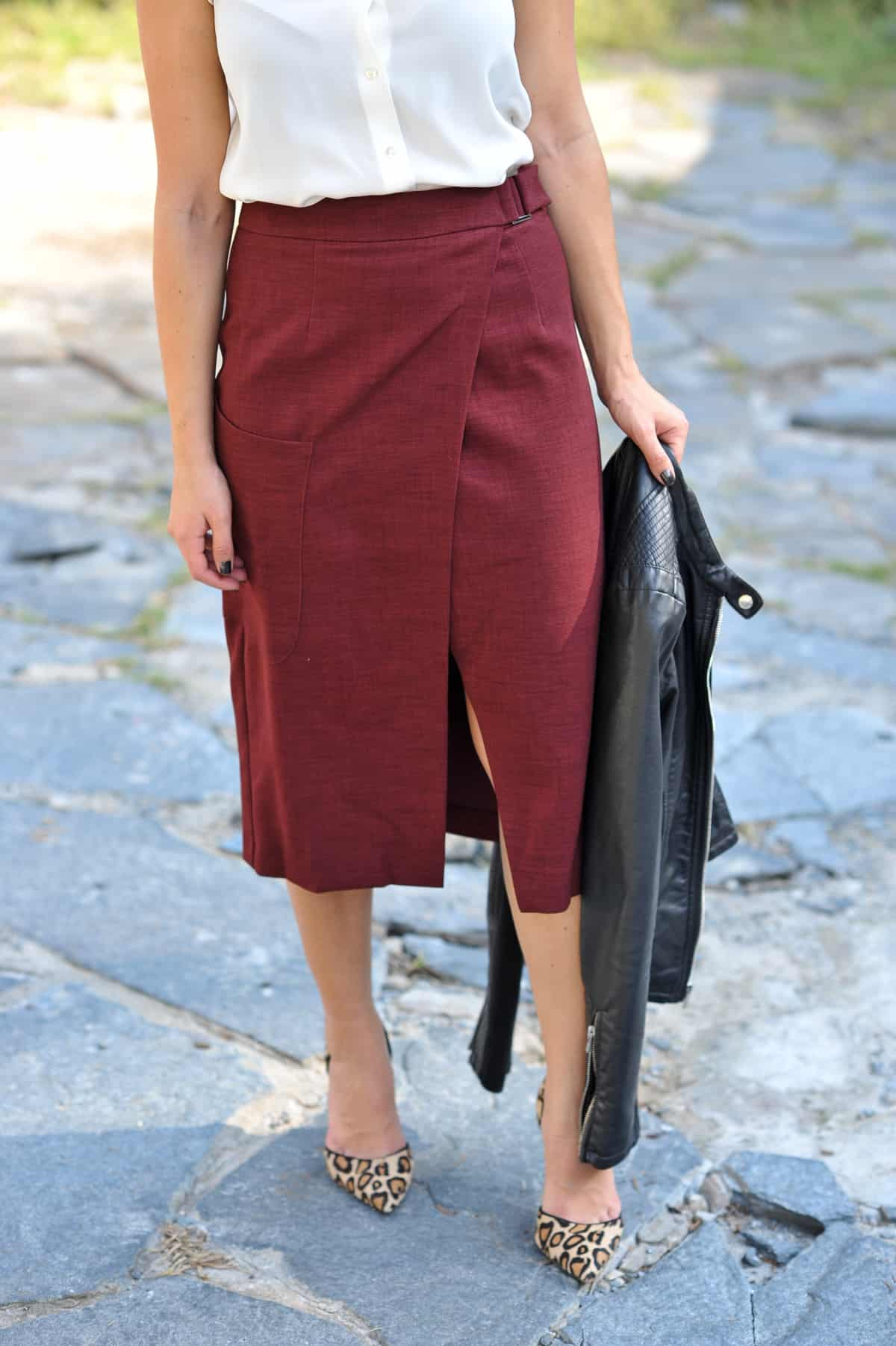 How To Wear A Midi Skirt For Fall That Isn't Boring