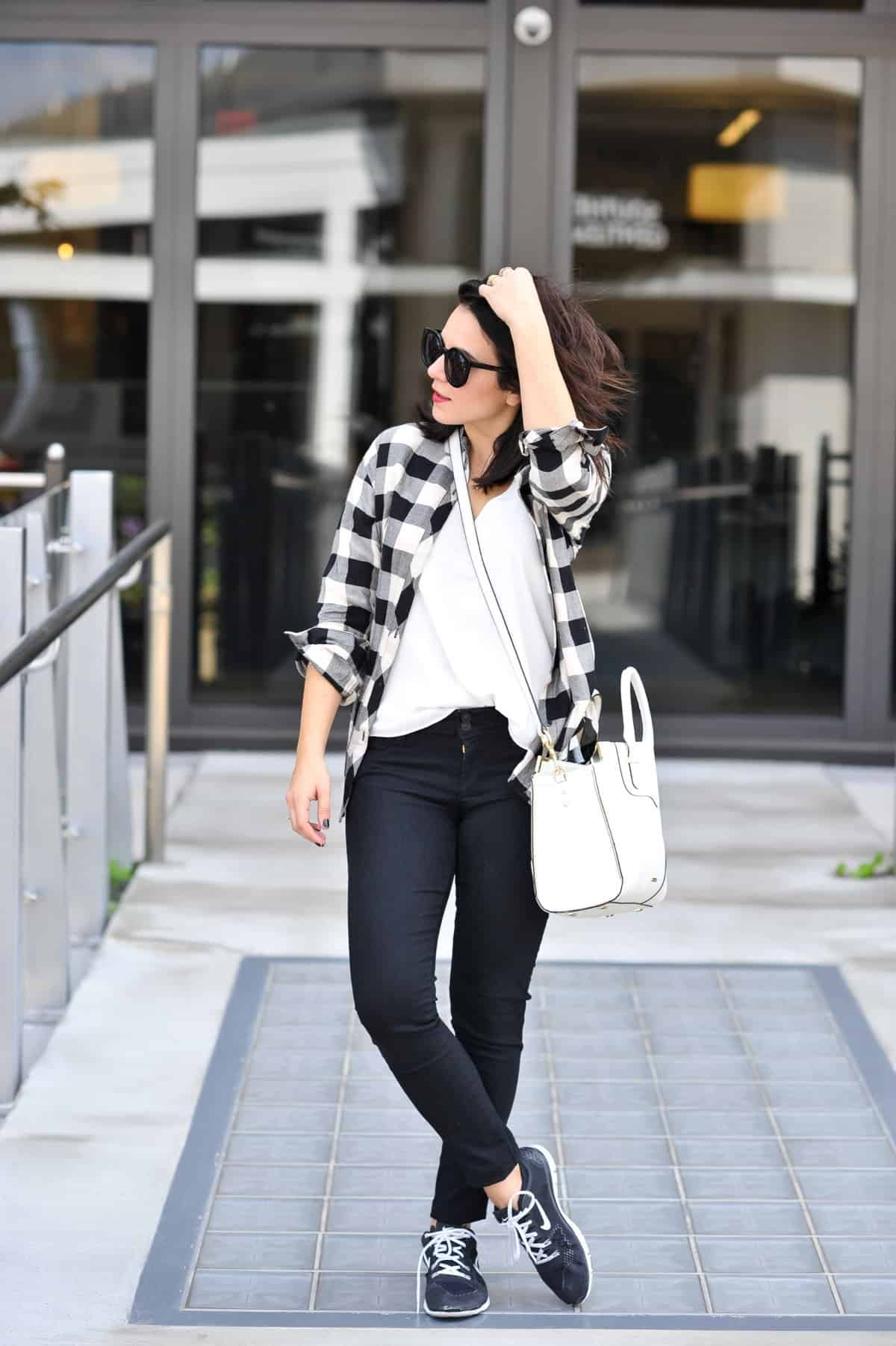 cfc879b8fb6b How To Style Sneakers Like A Fashion Blogger - My Style Vita