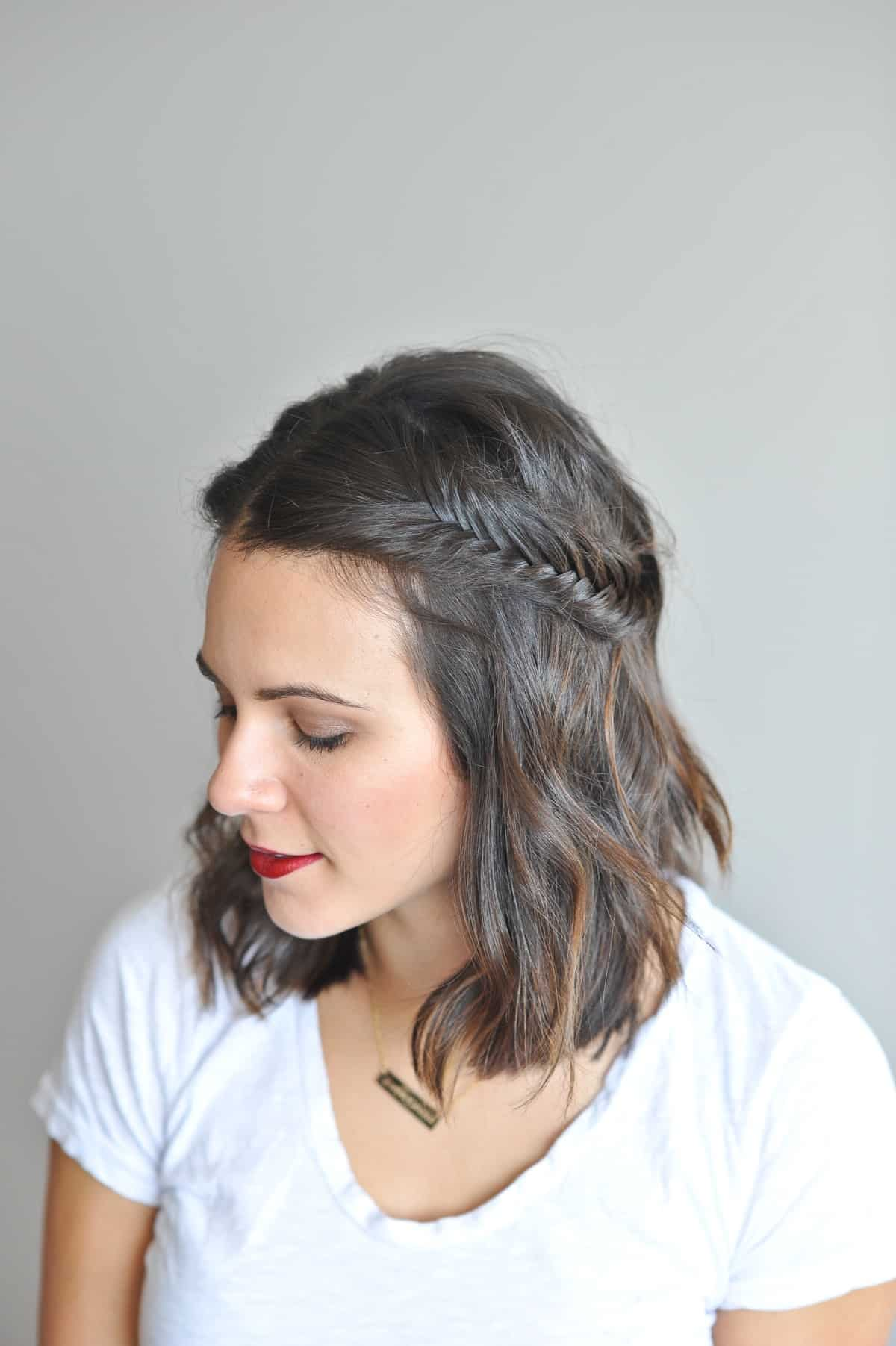 fishtail braid half up short hair via @mystylevita - Fishtail braid tutorial for short hair