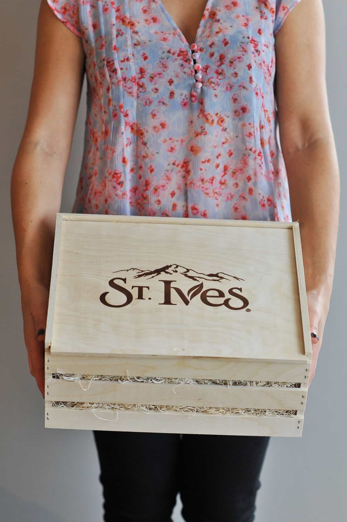 St. Ives pear and soy body wash via @mystylevita