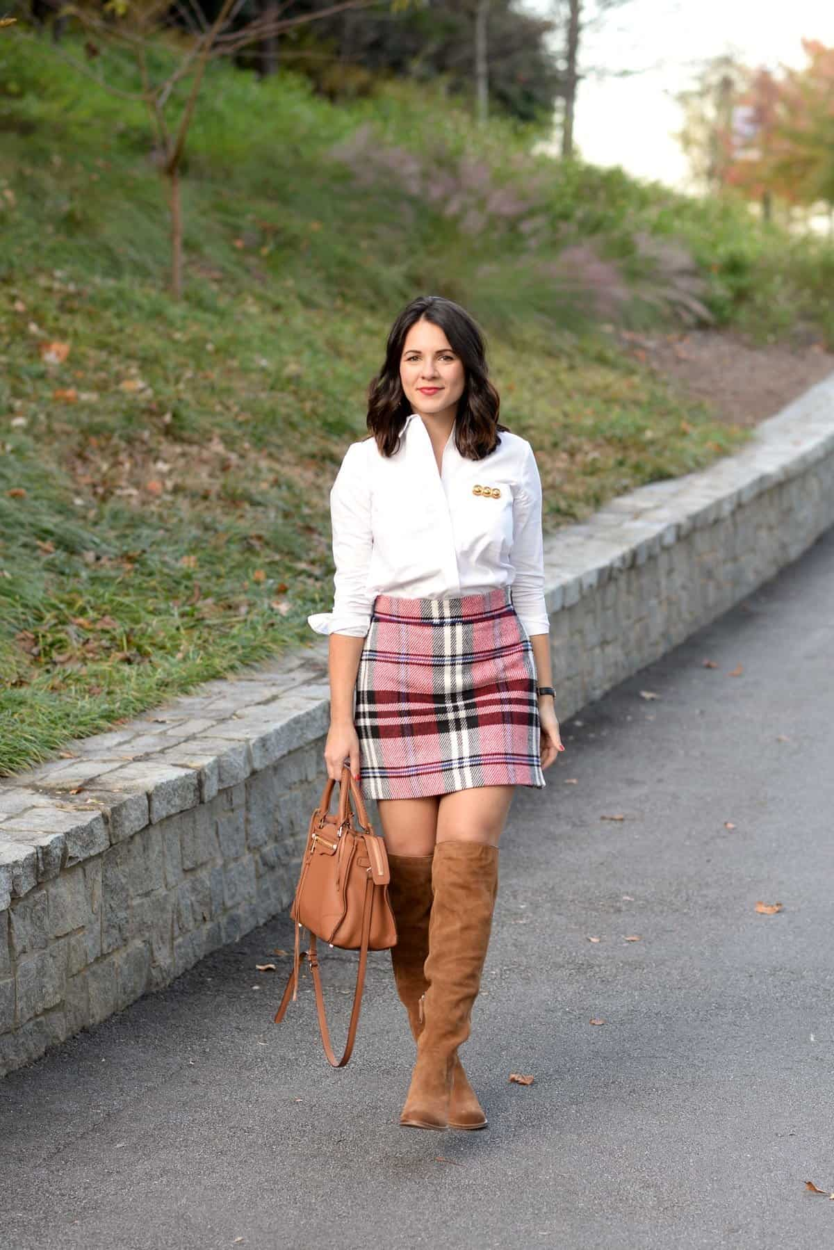 How To Wear A Plaid Mini Skirt For Fall