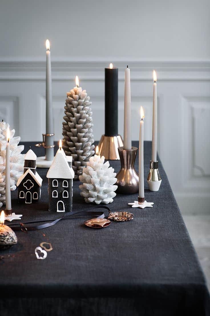 black and white christmas decor ideas, black and copper tablescape - My Style Vita @mystylevita