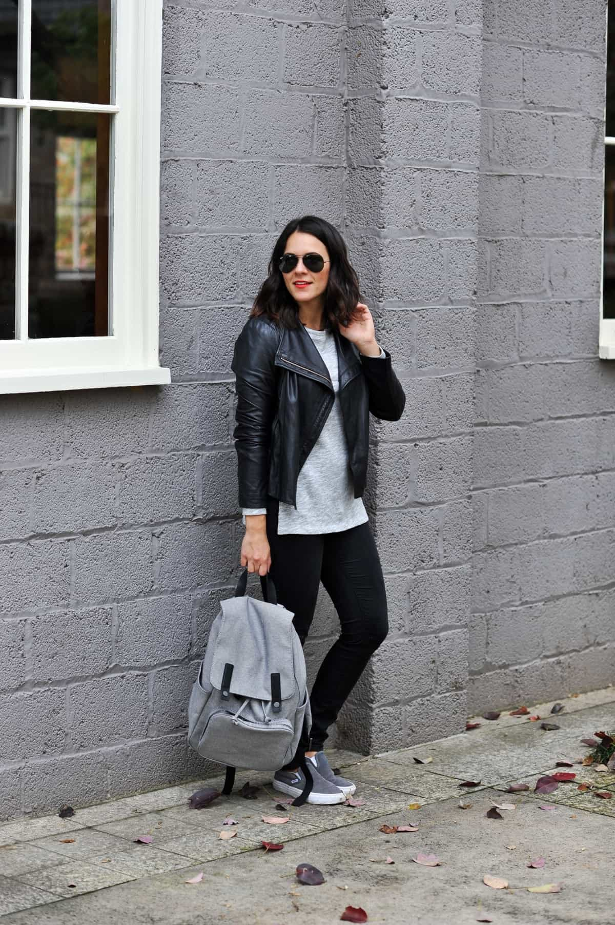 Everlane backpack, how to style a backpack, best everyday backpack, Black and grey outfit, how to style a backpack, casual outfit ideas via @mystylevita - 17