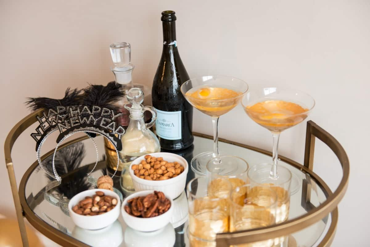 How To Entertain At Home For New Years Eve My Style Vita