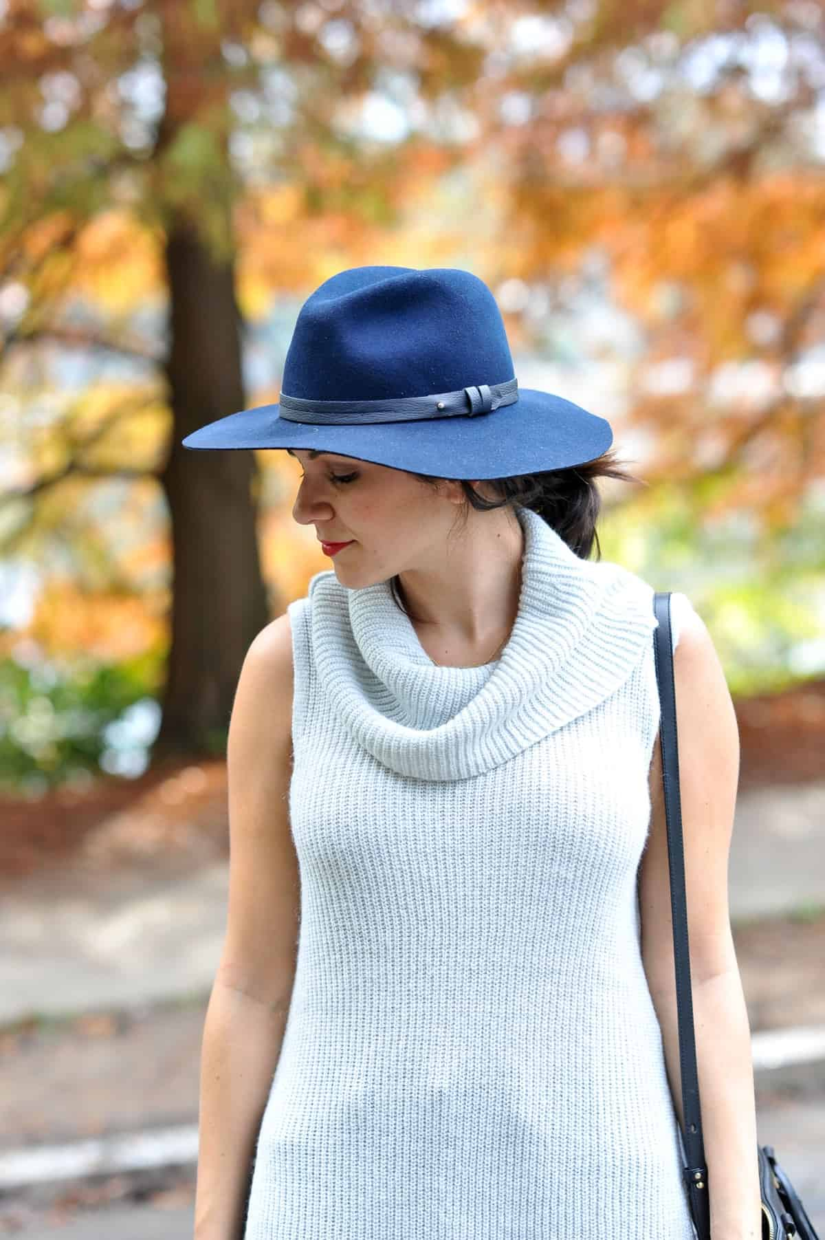 Sleeveless Express Sweater and wide brim hat - @mystylevita