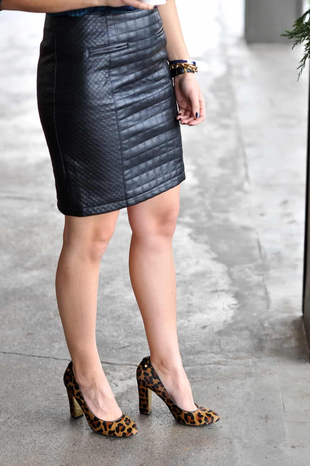 plaid and leopard outfit ideas, plaid shirt and leather skirt - @mystylevita