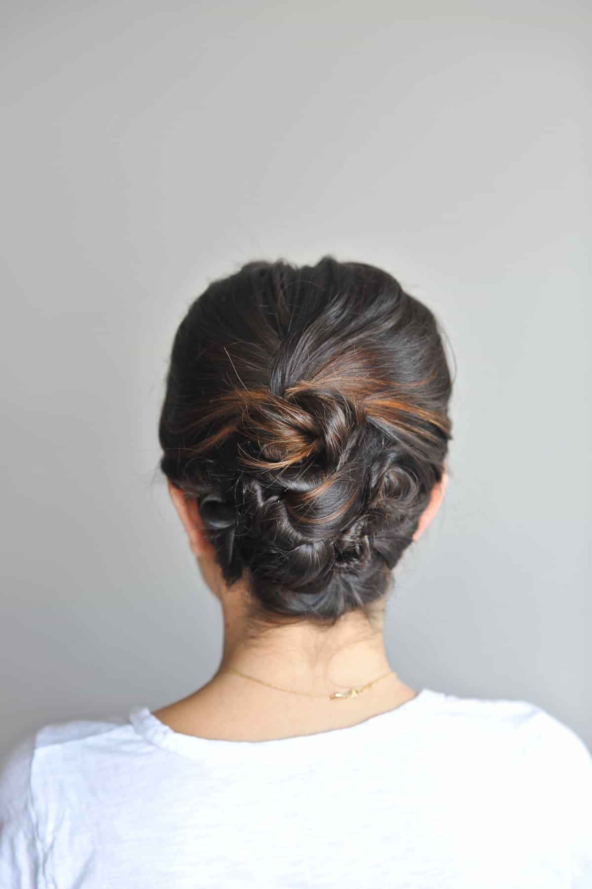 twisted up do hairstyle on short hair - @mystylevita - 11