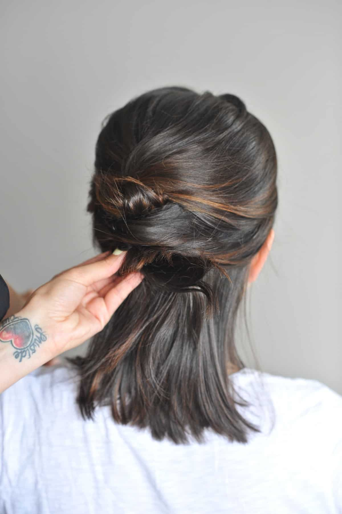 twisted up do hairstyle on short hair - @mystylevita - 7
