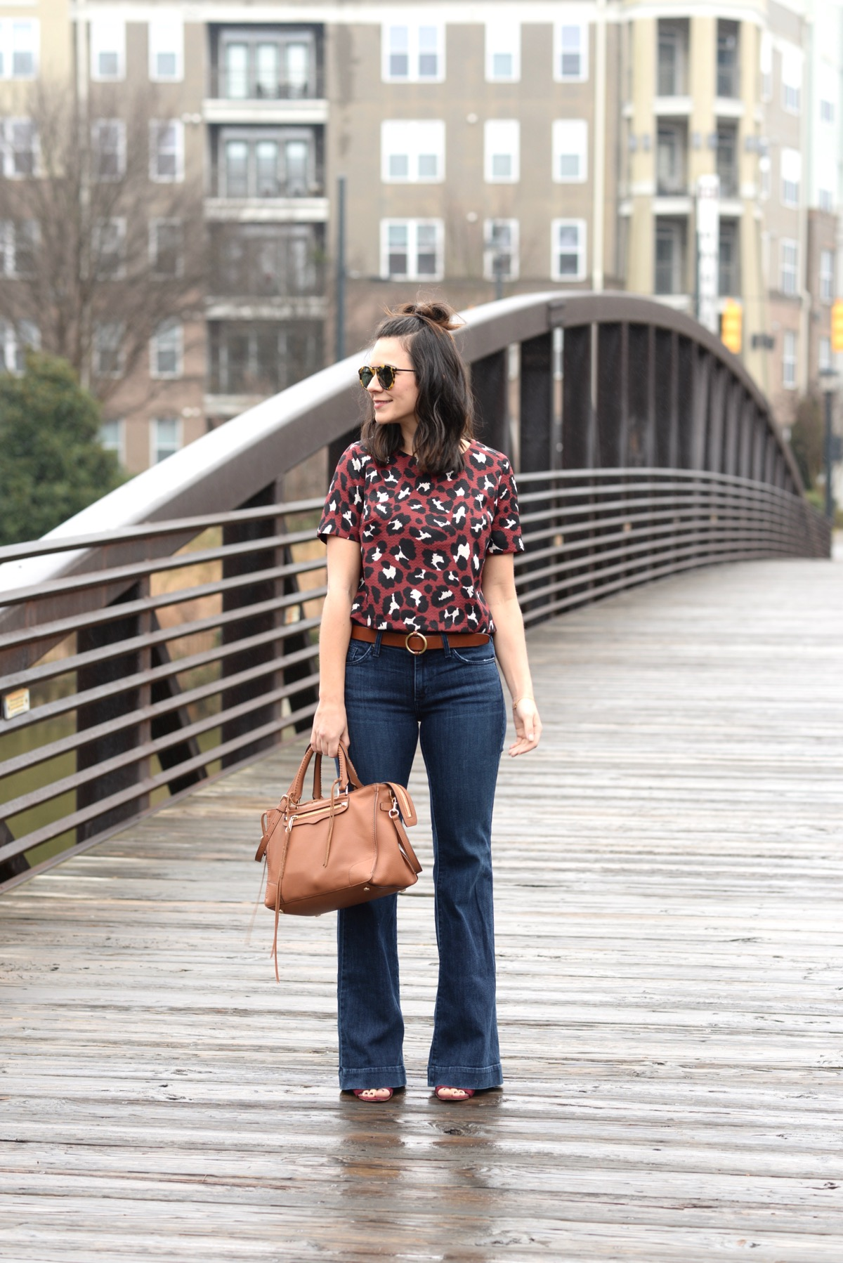 How To Style A Crop Top With Wide Leg Jeans