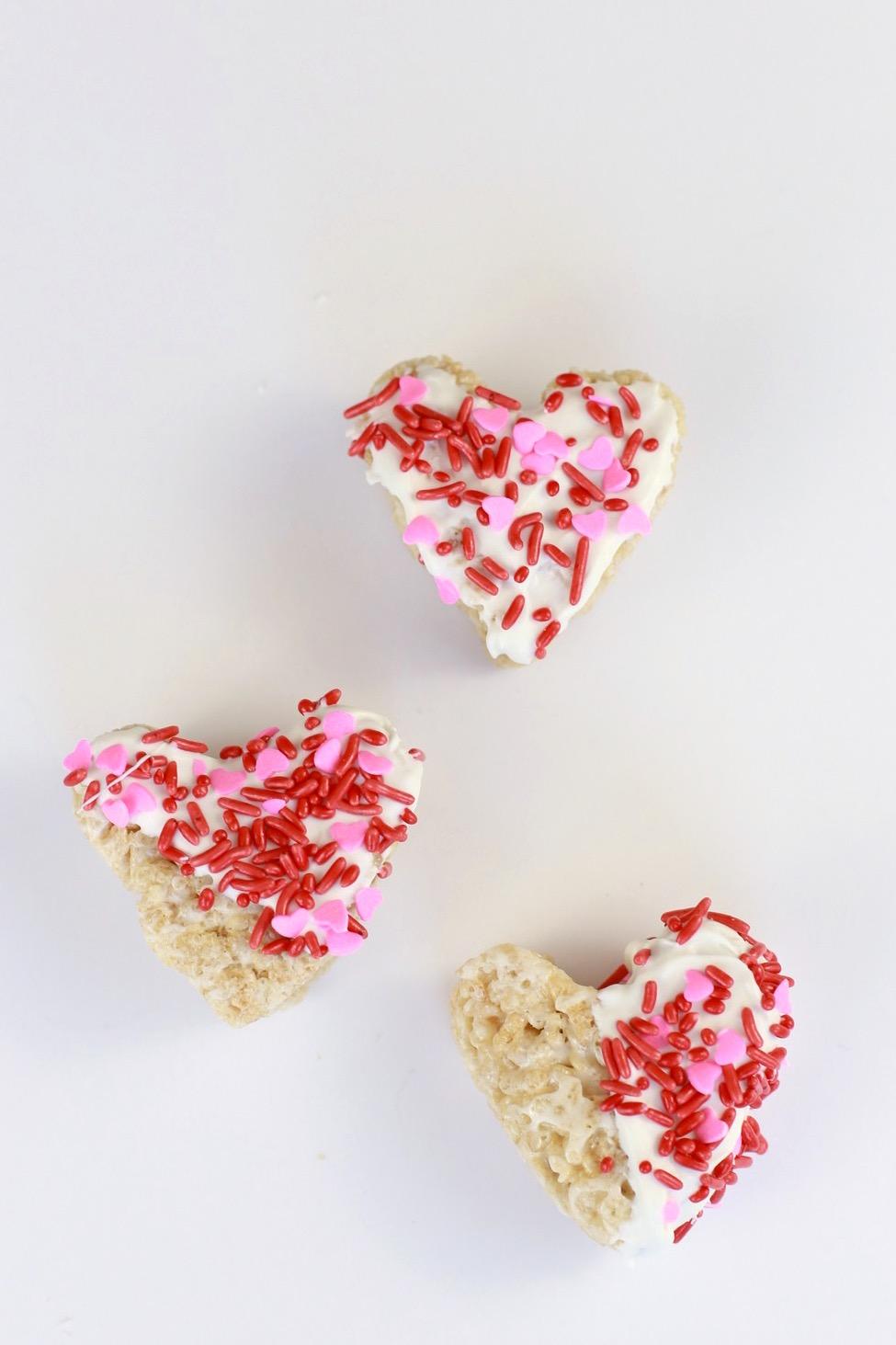 Valentine's Day Rice Krispie Treat DIY - @mystylevita
