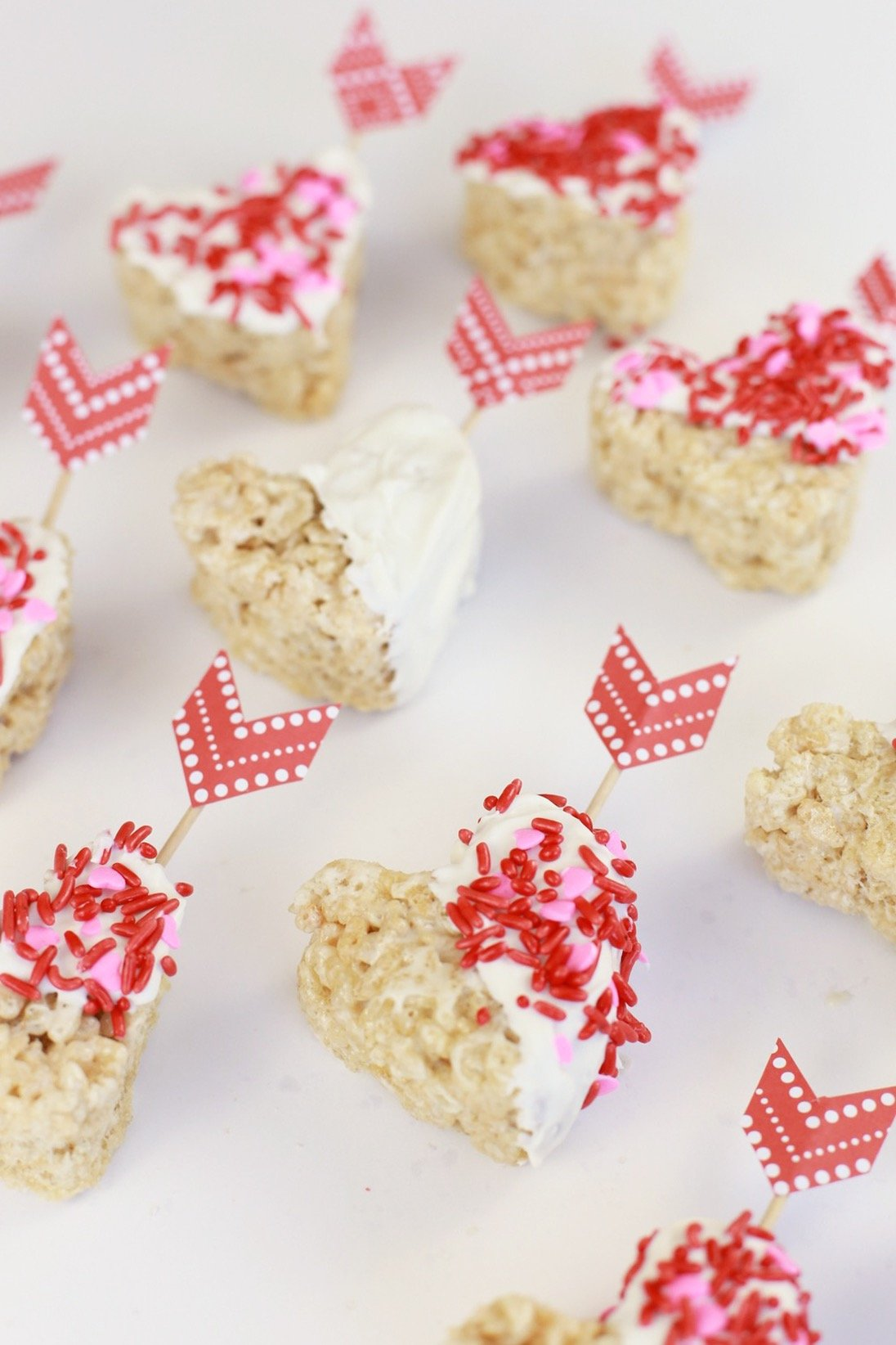 Valentine's Day Rice Krispie Treat DIY - @mystylevita