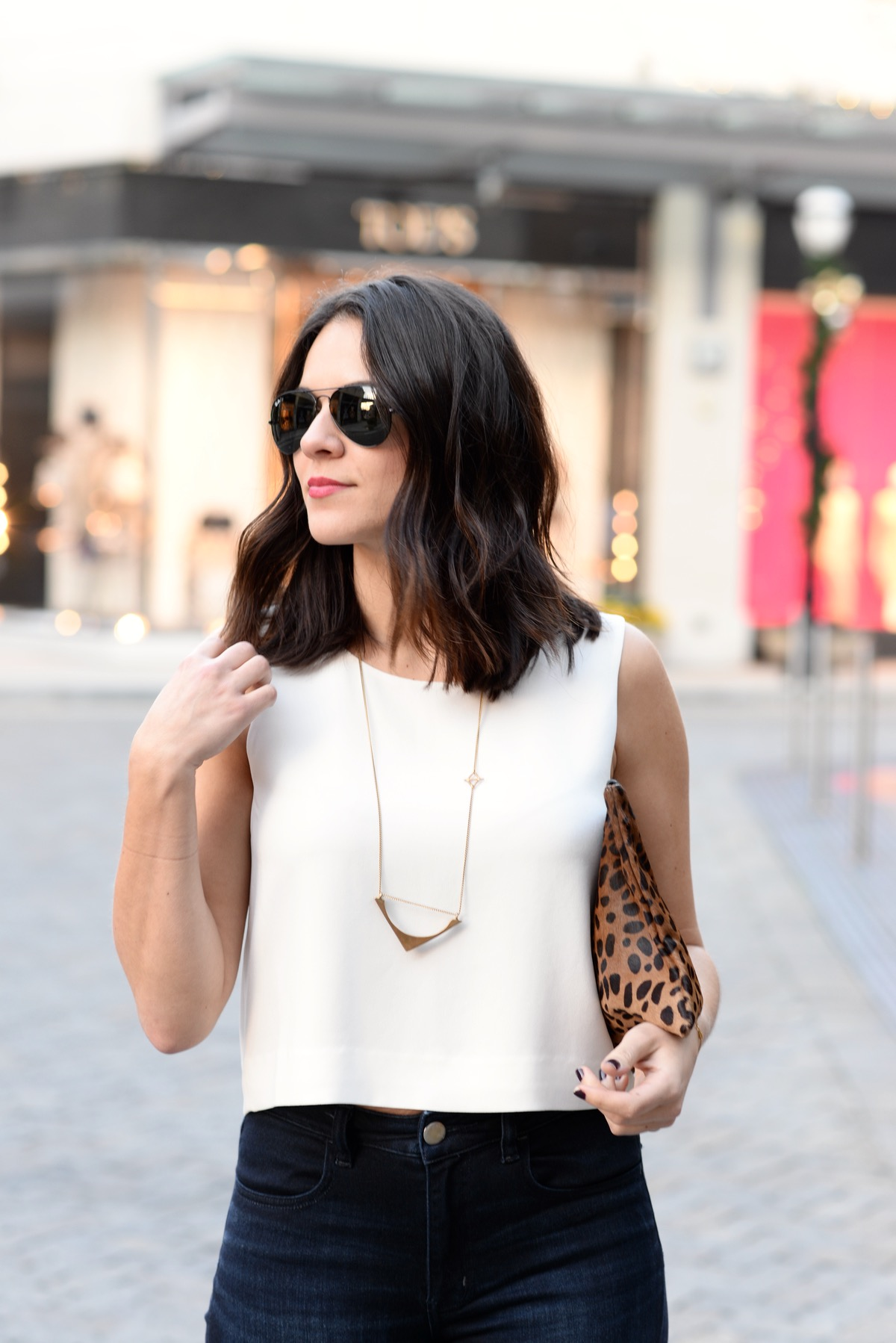 Club Monaco crop top for fall, club monaco crop top and high waisted jeans - @mystylevita