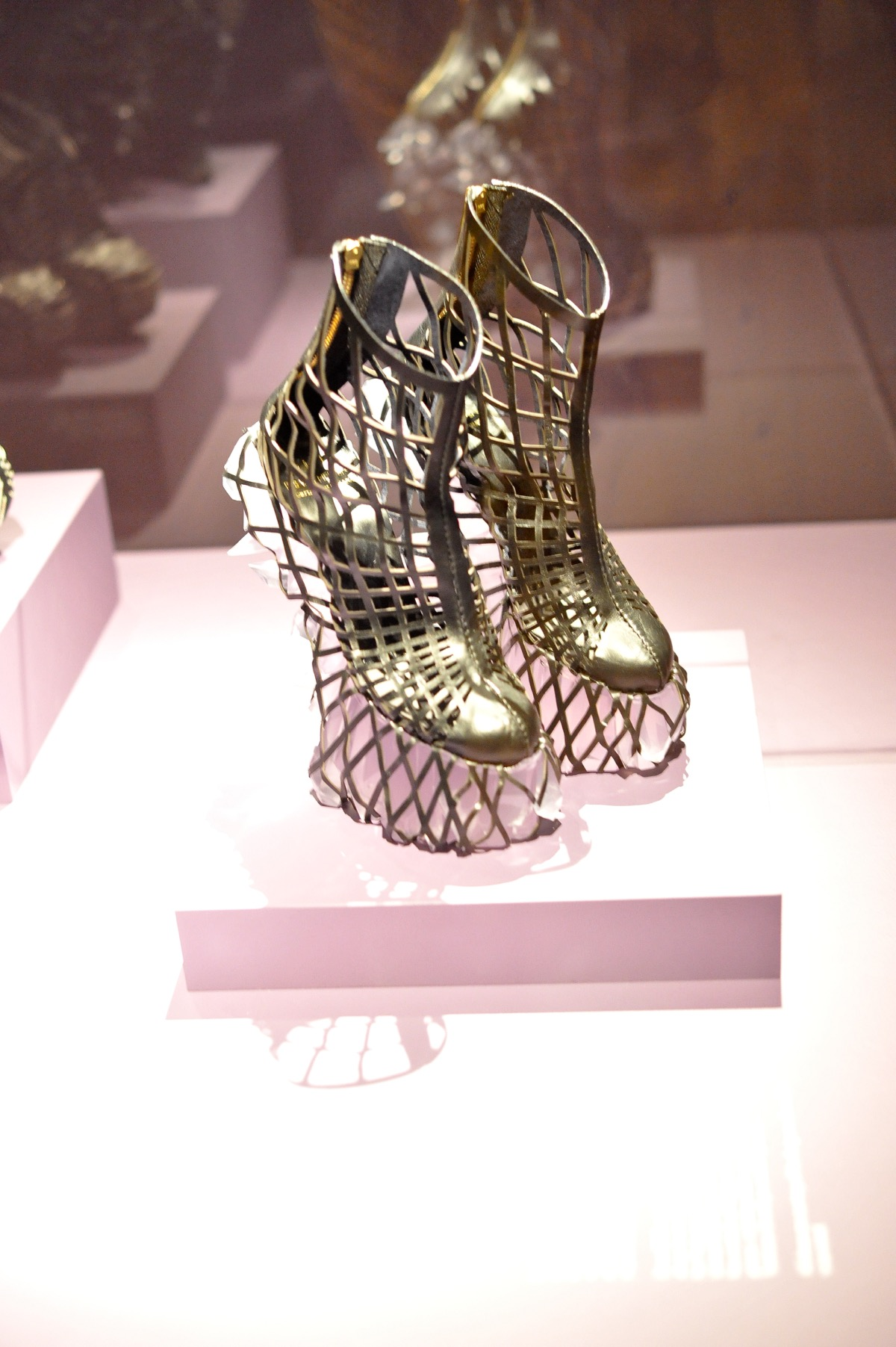 high museum of art iris van herpen - @mystylevita - 6