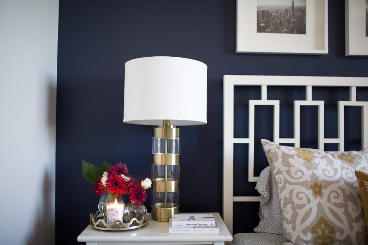 navy wall, navy bedroom ideas - @mystylevita