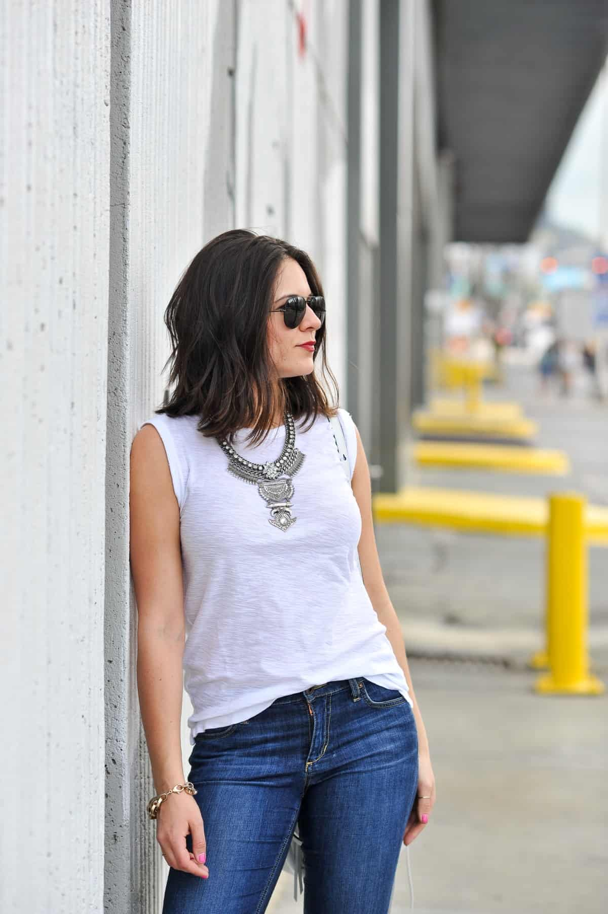 my style vita styles jeans and a statement necklace