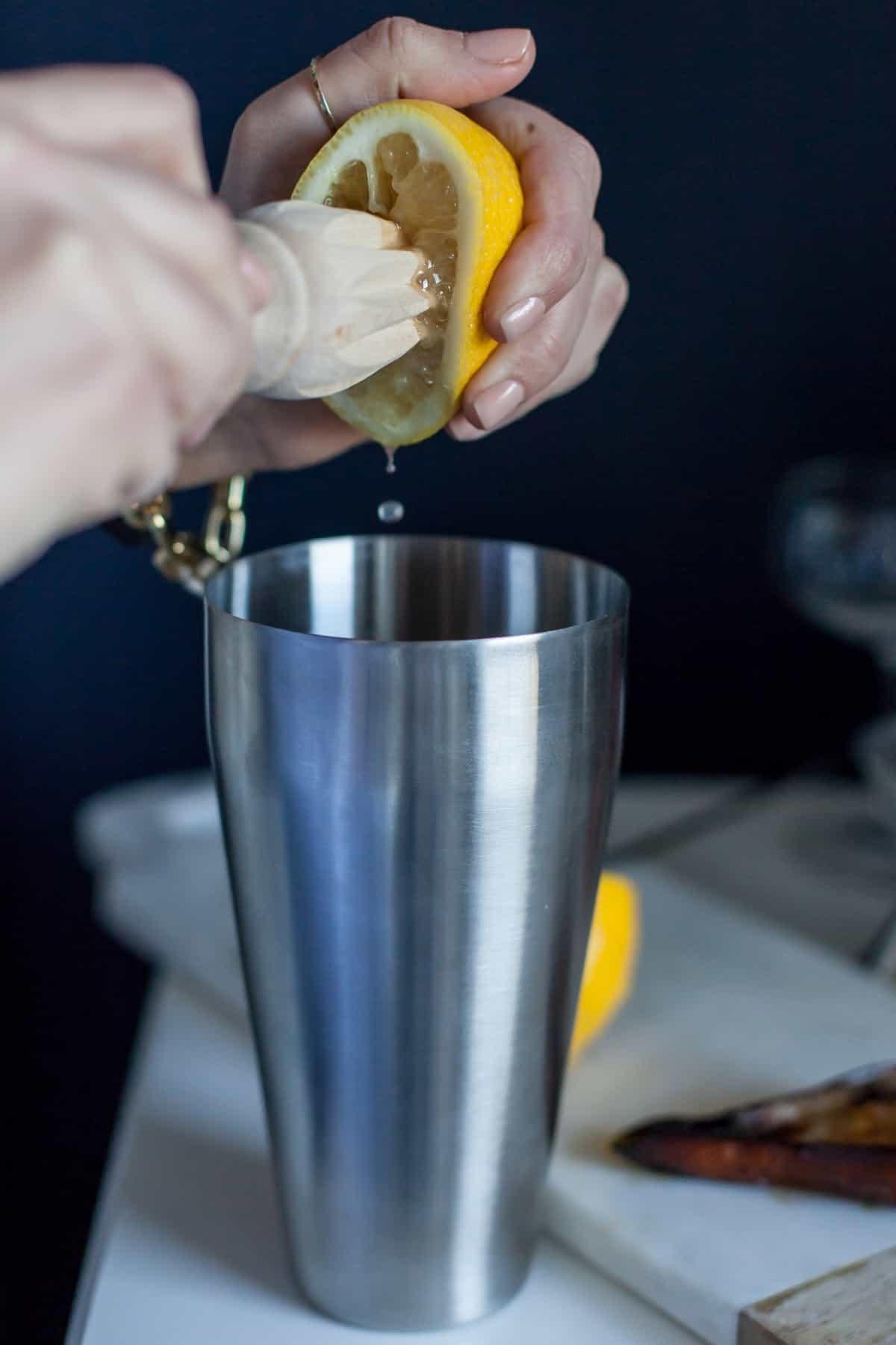 roasted pear bourbon cocktail recipe - @mystylevita - 2