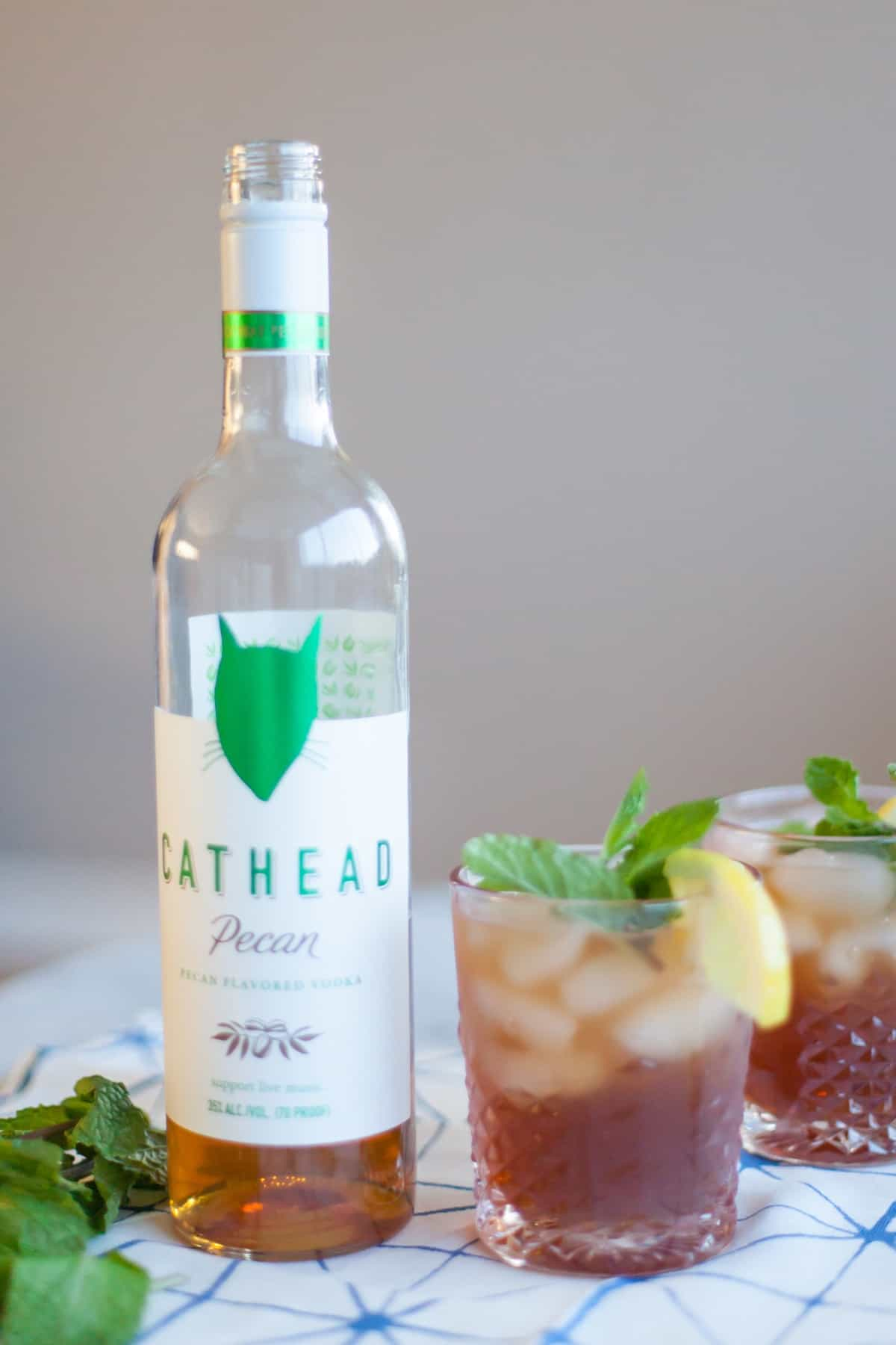Pecan Spiked Iced Tea, summer cocktail ideas, - My Style Vita @mystylevita - 4
