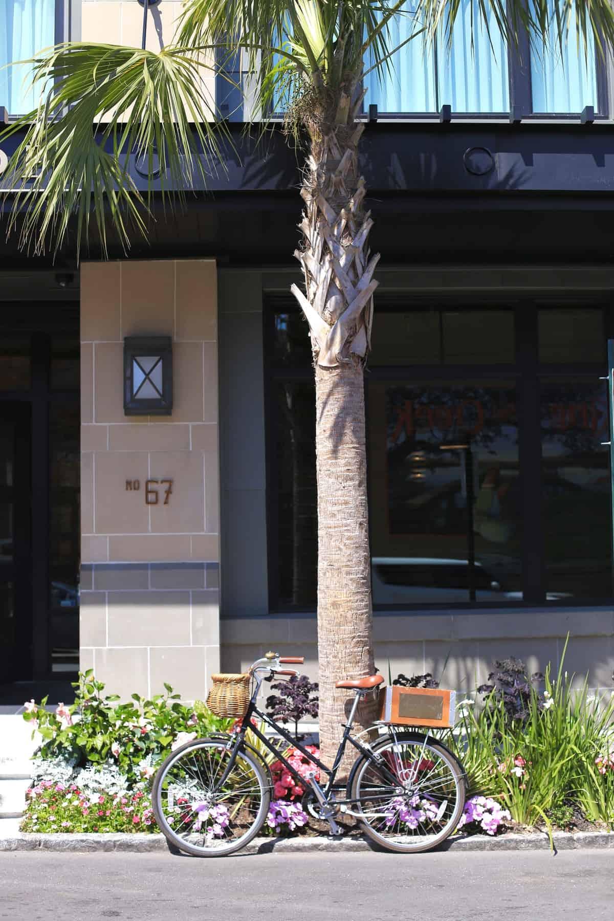 Spectator Hotel review Charleston - Where to stay in Charleston - @mystylevita My Style Vita - 1 (4)