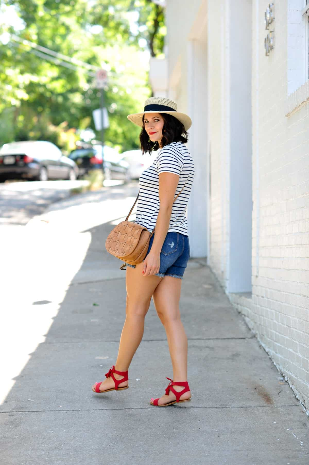 4th of july outfit ideas, striped tee outfits - @mystylevita - 18