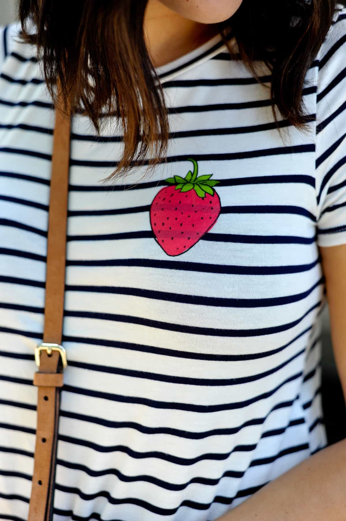 4th of july outfit ideas, striped tee outfits - @mystylevita - 27
