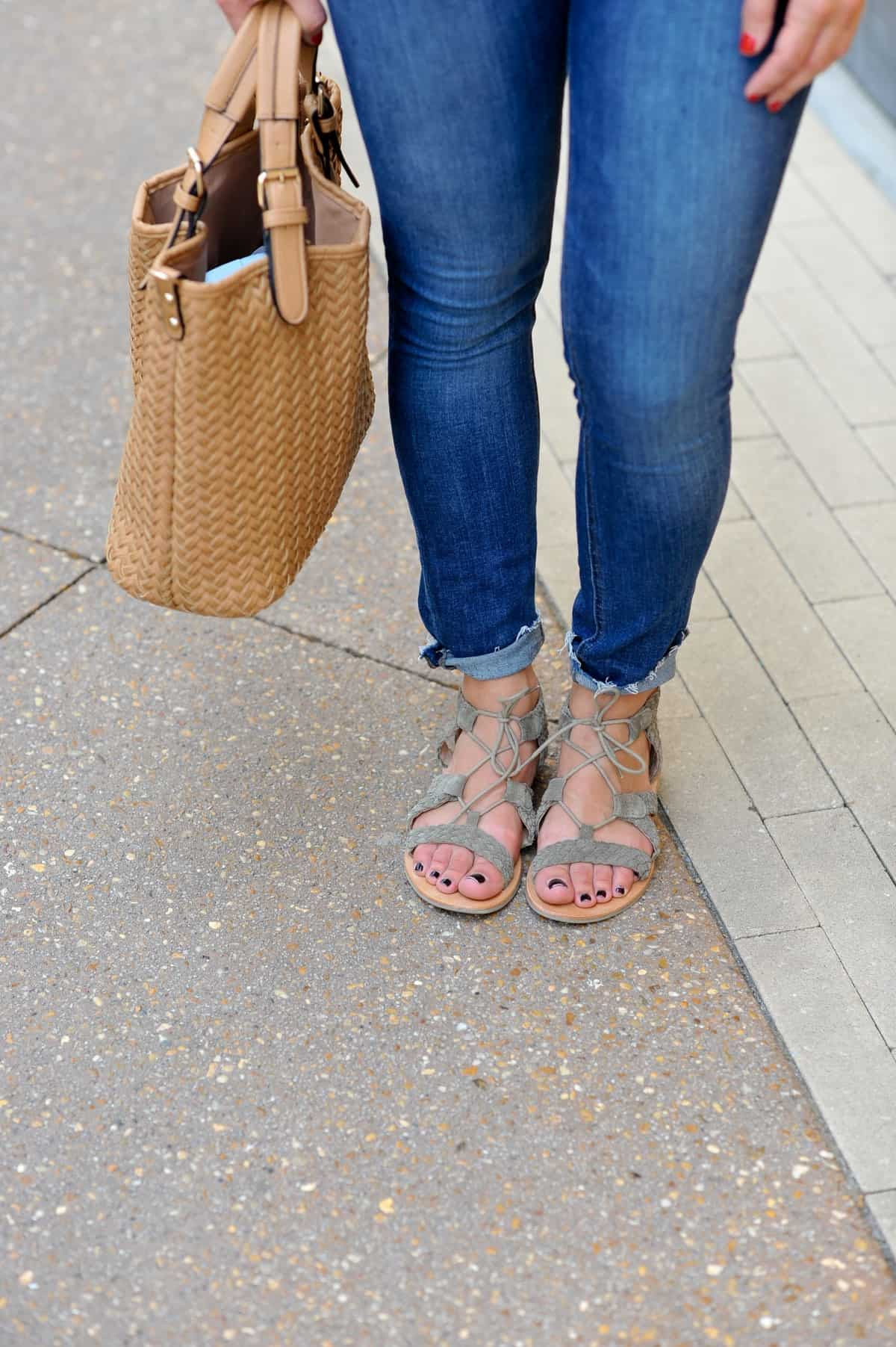 Casual summer outfit ideas - My Style Vita @mystylevita - 13