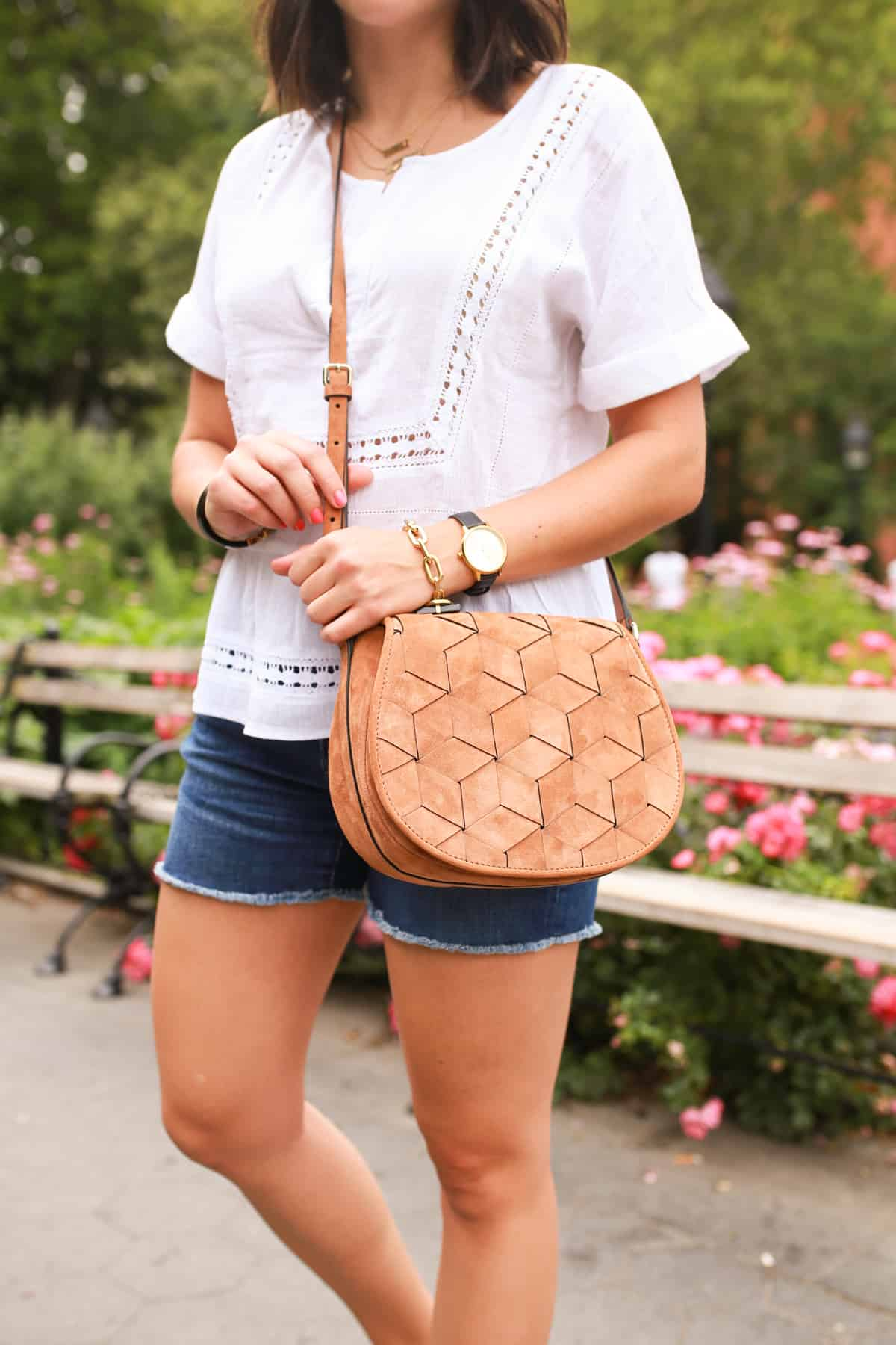 Casual tourist outfit, summer outfit ideas - My Style Vita - @mystylevita