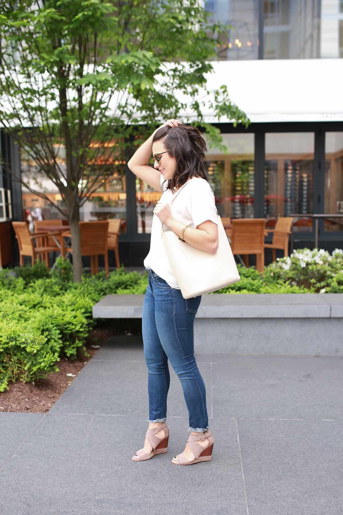 Cooper and Ella Blouse - Travel outfit ideas - My Style Vita @mystylevita
