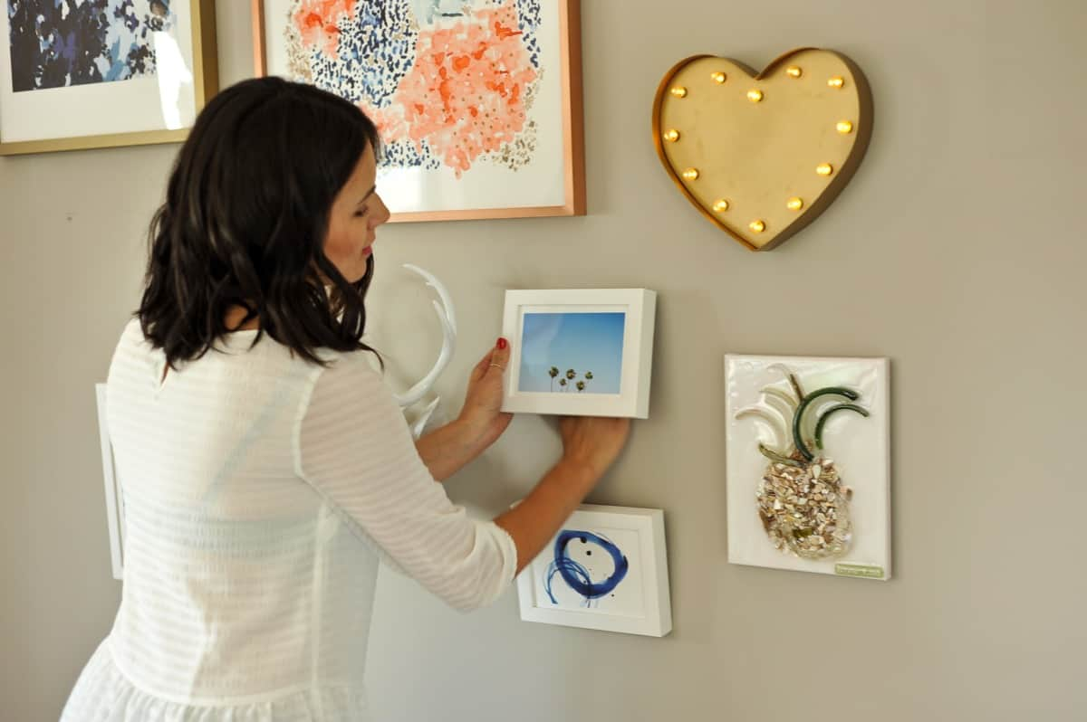 How to hang a gallery wall properly, tips to creating a gallery wall - My Style Vita - @mystylevita - 8