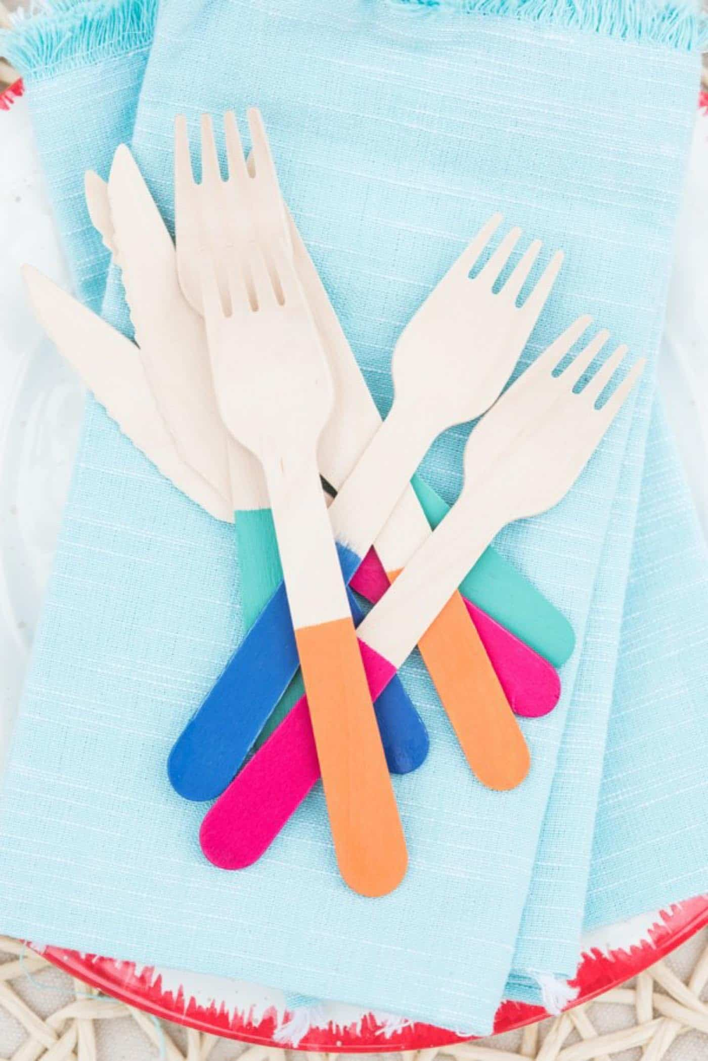 bamboo flatware, essentials for a summer picnic - My Style Vita @mystylevita