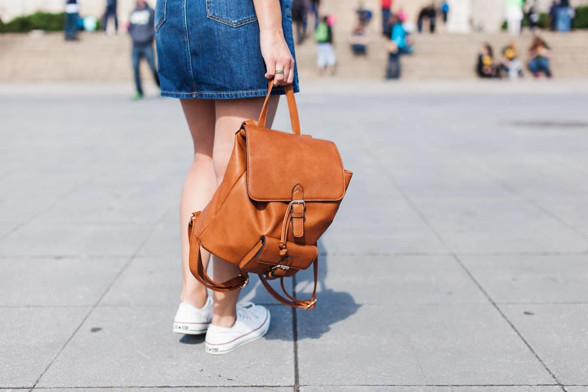 travel outfit ideas - how to travel while still looking cute - My Style Vita @mystylevita - 9