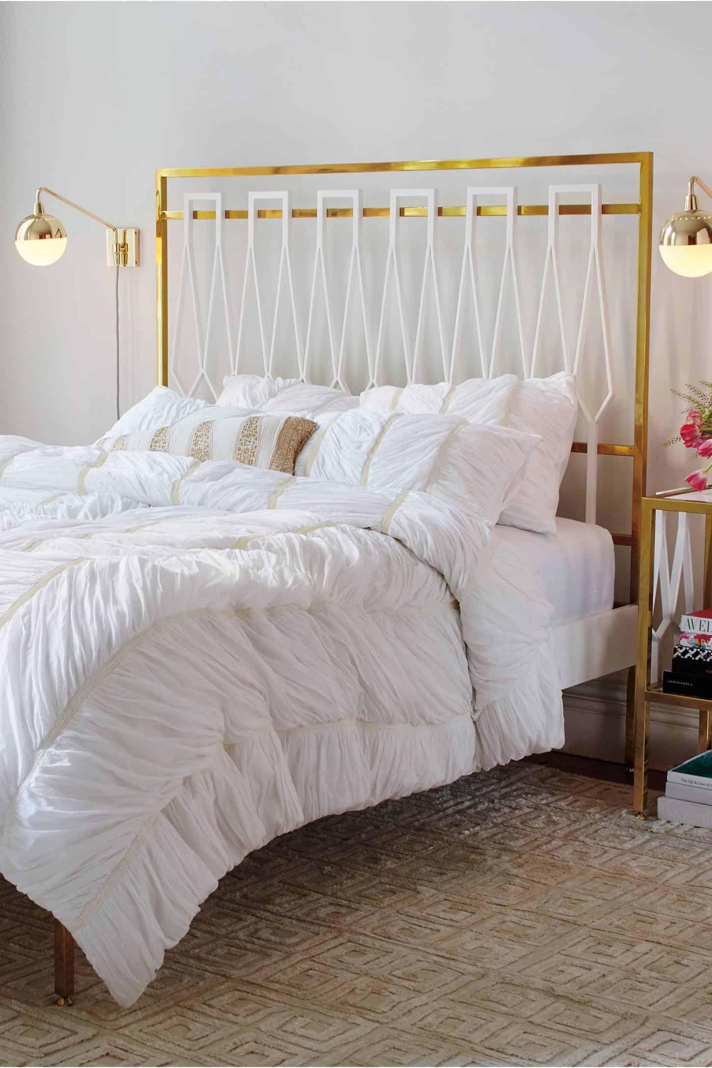 Anthropologie white bedroom - Lelie Duvet Anthropologie Bertilia Duvet