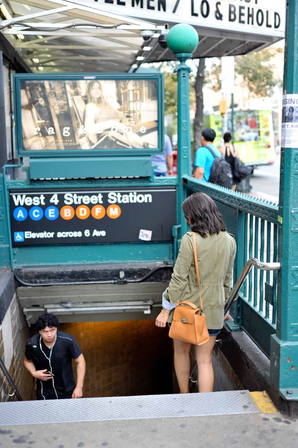 Subway photo ideas, New York City subway, Banana Republic Jacket, fall layered outfit ideas, How to wear a neck scarf, My Style Vita - @mystylevita